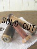 A:アメリカの紡織工場で使われていた大きな木製ボビン(糸巻き)羊毛糸付属 3本セット