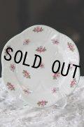 美品 シェリー ローズバット ブレッドプレート パン皿 15.4cm 散りばめた可憐な薔薇 1940〜1966年 英国製