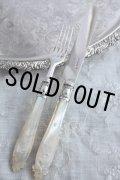 お買い得 1852年 ヴィクトリアン アンティークシルバー マザーオブパール 純銀製 デザートナイフ & フォーク セット