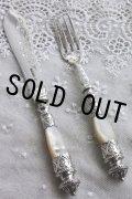 英国貴族の豪華なアンティークシルバー 1880年 英国シェフィールド マザーオブパール 純銀製 大型ナイフ&フォークセット 見事な逸品