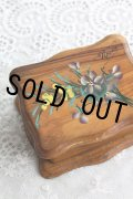 手書きの可憐なスミレとミモザの花束 アンティーク モシュリンヌ オリーブの木製ボックス 9.8×7.8×H 5.3cm 1900年代初期製