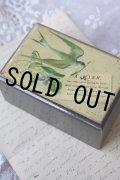 アンティーク ツバメのモシュリンヌ小箱 可憐な忘れな草とスズラン 8.6×5.7×4.1cm 1900年代初期 スコットランド製
