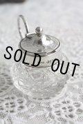 お買い得 1912年 純銀製 小さなマスタードポット & スプーン 英国バーミンガム ちょうど100年前のアンティークシルバー 高 5.1cm