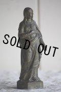 美品 1900年代中期 フランス製 ヴィンテージ 小振りな聖母マリア像 「マリアの御心」 金属製 高14.9cm 242g