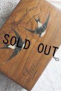 極希少 美品 アンティーク 可愛いツバメ 大型モシュリンヌ オリーブの木 ジュエリー ソーイングボックス 鍵付 幅22.6 cm