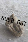 1900年代初期 フランス製 アンティーク 幼いイエス・キリスト 小さな石膏像 枯れた風合いが素敵です 6.4×5.0×H4.2cm