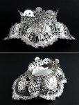 画像5: 豪華美品 1896年 英国アンティーク 純銀製 ディッシュ 優美な透かし & 小花の飾り象嵌 & 立脚 18cm 160g (5)